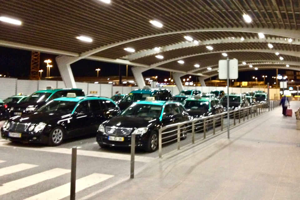 Public taxis at the airport