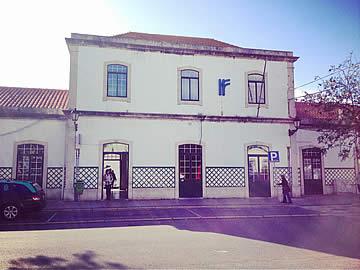 Faro railway station facade