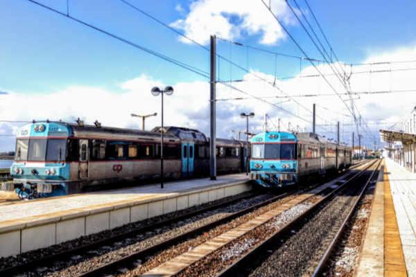 R - Regional train